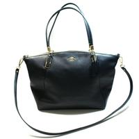 CoachPebbled Leather Kelsey Shoulder Bag/ Crossbody Bag Black